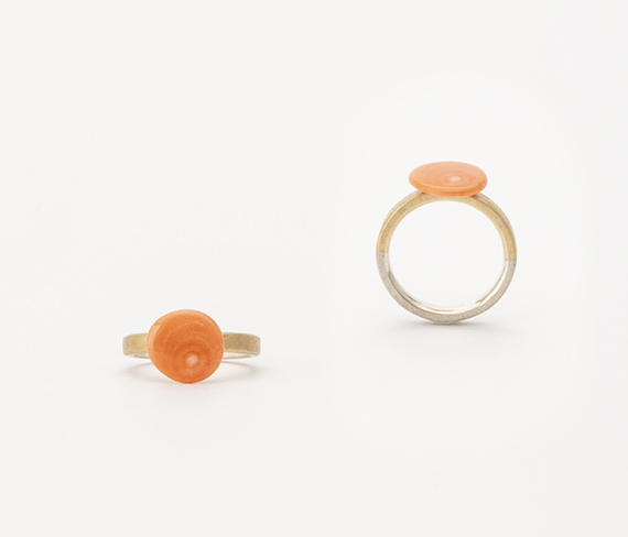 Poppy Ring / Platinum, Gold, Coral